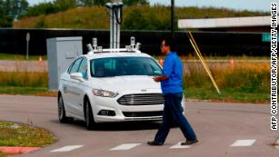 Ford wants its cars to 'talk' with traffic lights and pedestrians