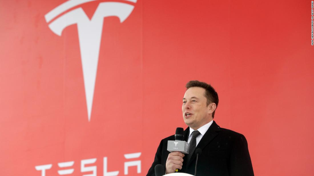 elon musk breaks ground on tesla china gigafactory cnn