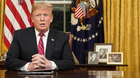 U.S. President Donald Trump delivers a televised address to the nation from his desk in the Oval Office about immigration and the southern U.S. border on the 18th day of a partial government shutdown at the White House in Washington, U.S., January 8, 2019. REUTERS/Carlos Barria