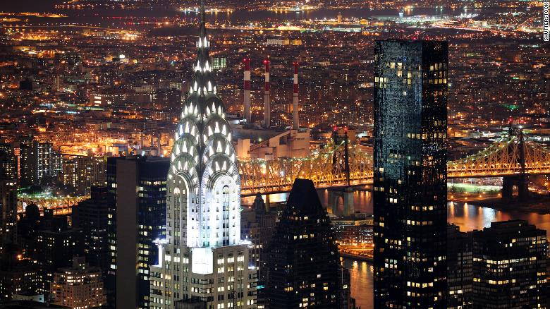 Iconic Chrysler Building Sold At A Huge Losss Cnn