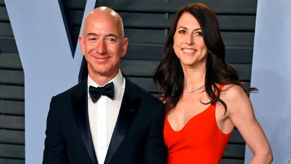 Jeff and MacKenzie Bezos arrive at the 2018 Vanity Fair Oscar Party in Beverly Hills, California.