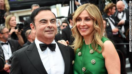 Carlos Ghosn & # 39; s wife slams Japan & # 39; s draconian & # 39; legal system