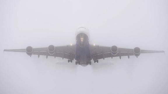 Airplane fog