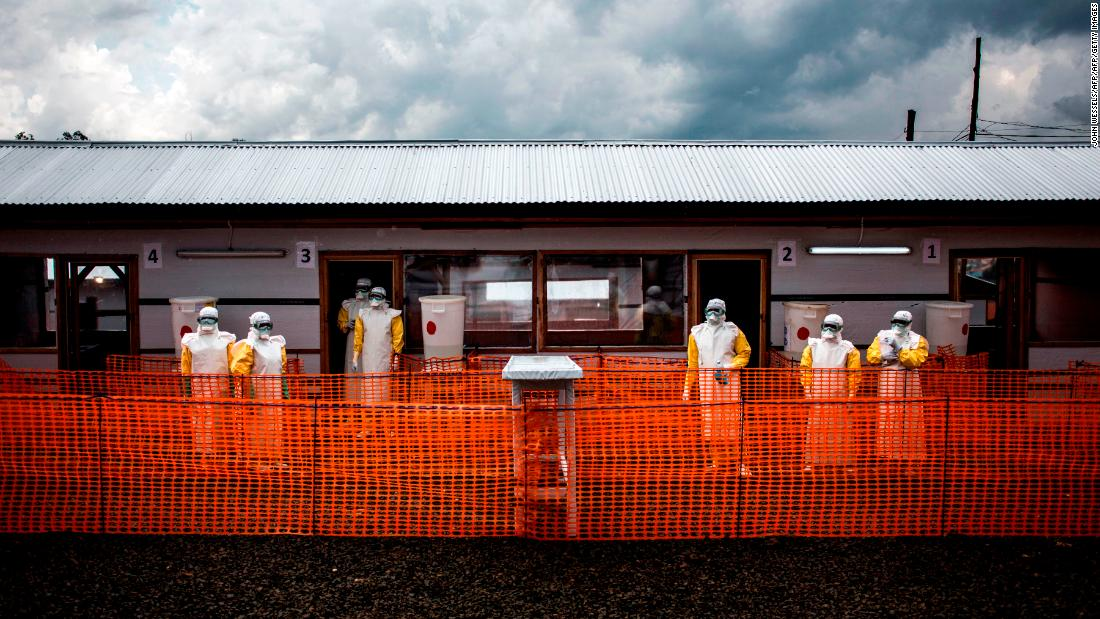 More than 1,000 Ebola cases reported in outbreak
