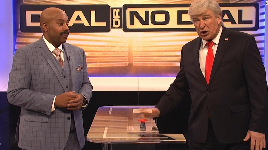 'SNL' has Baldwin's Trump play 'Deal or No Deal' with the government shutdown