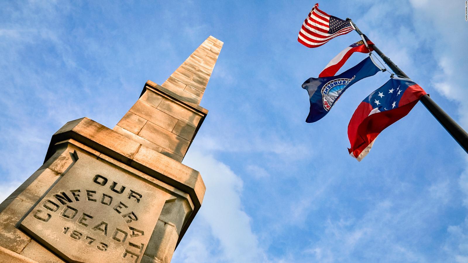 Landrieu describes Confederate statues removal
