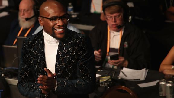 Mayweather attends the WBA welterweight championship between Pacquiao and Broner at MGM Grand