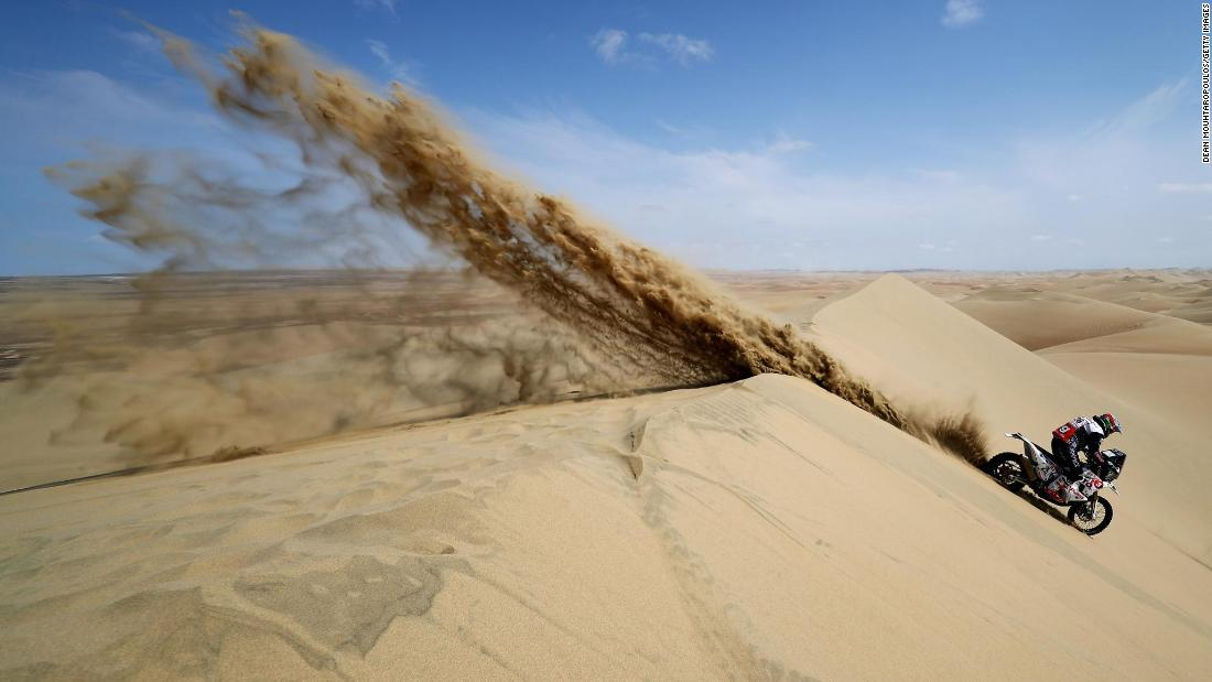 Carlos Gracida Garza of Mexico competes during Stage Nine of the 2019 Dakar Rally on Wednesday, January 16, in Pisco, Peru.