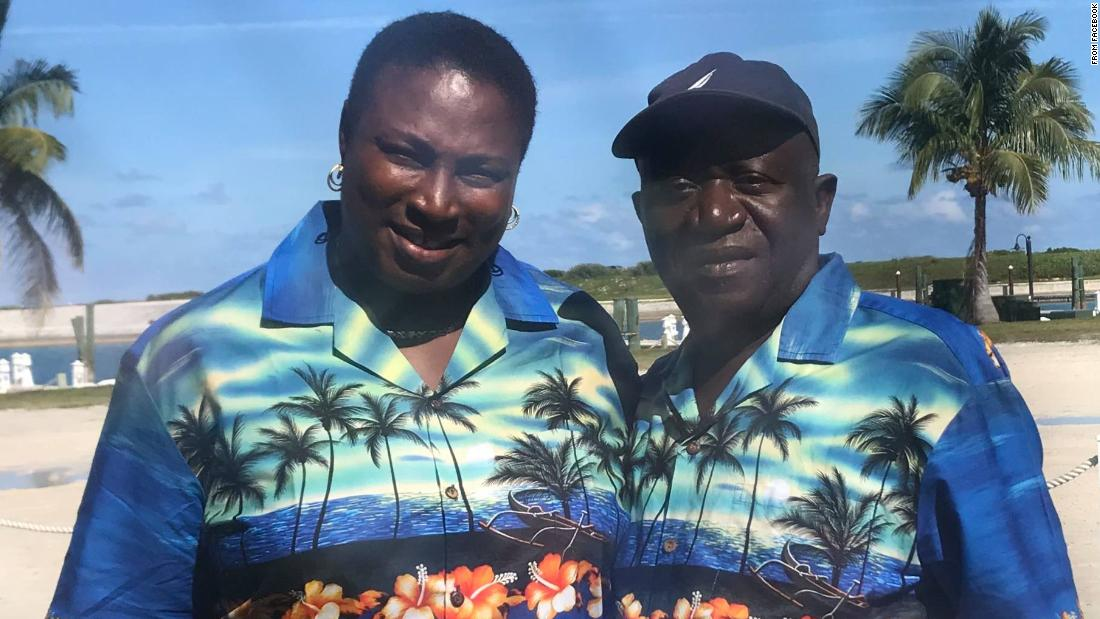 Donations are rolling in for a Bahamas restaurant owner who lost money in the Fyre Festival fiasco