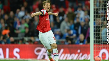 Kim Kallstrom became a strange favourite with Arsenal fans.