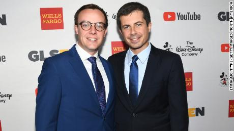 LOS ANGELES, CA - OCTOBER 20: Chasten Glezman (L), and Mayor Peter Buttigieg at the 2017 GLSEN Respect Awards at the Beverly Wilshire Hotel on October 20, 2017 in Los Angeles, California.  (Photo by Emma McIntyre/Getty Images for GLSEN)
