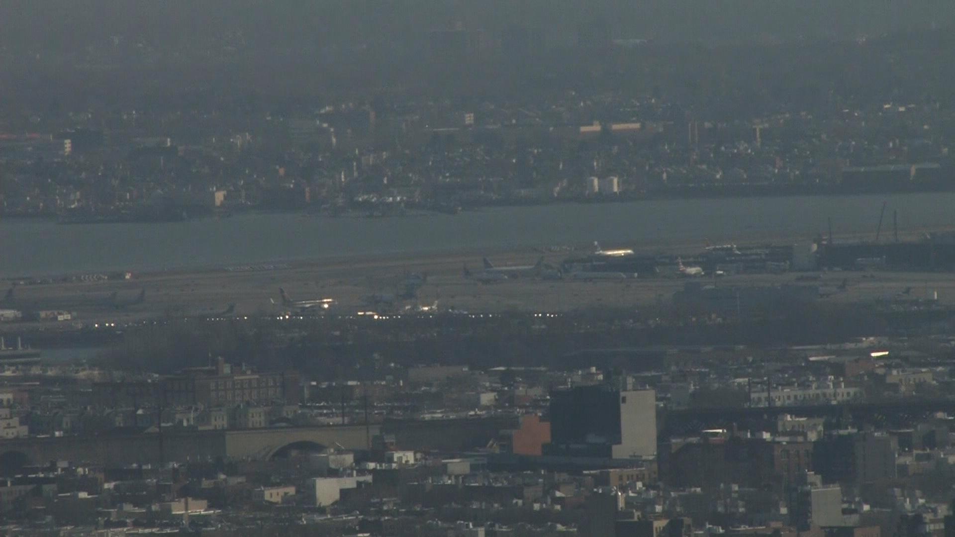 FAA orders ground stop at LaGuardia amid massive delays
