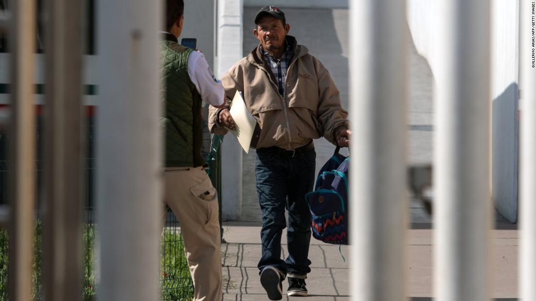 Groups seek restraining order to block Trump asylum policy