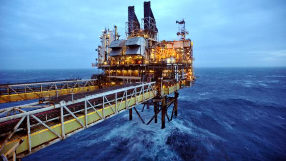 BP will link pay to climate change targets.