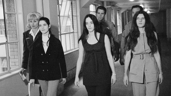 Van Houten, far left, with Manson family members Susan Atkins, center, and Patricia Krenwinkel in 1970.