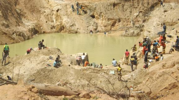 Artisanal gold miners in East Cameroon.
