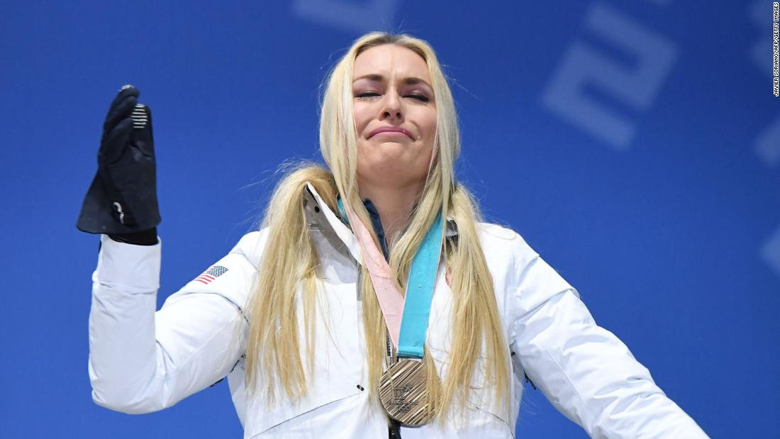 Vonn cries on the podium in Pyeongchang.