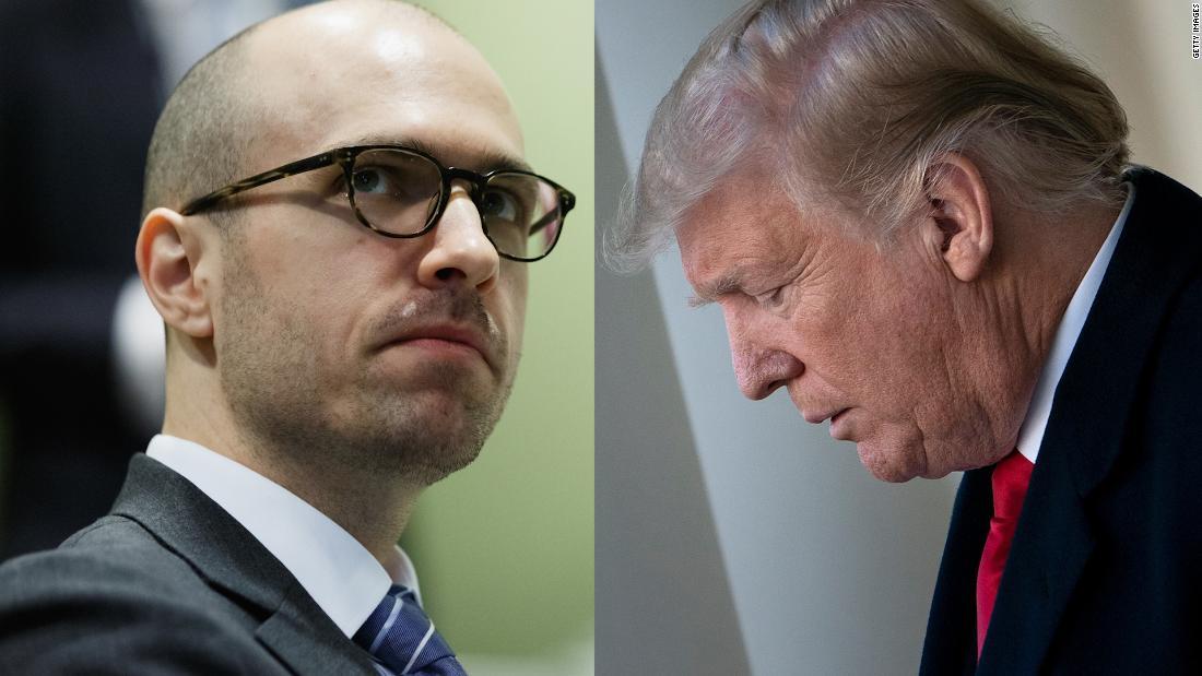 Mendengar NYT penerbit menghadapi Trump pada serangan media