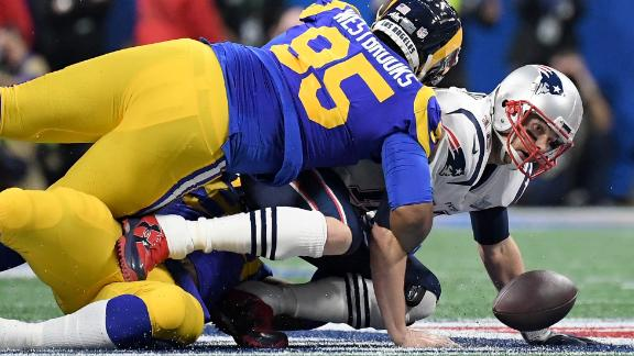Brady fumbles the ball in the scoreless first quarter. It was the first time Brady has been sacked during this postseason. The Patriots recovered the ball.