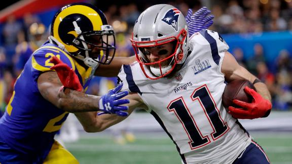 Edelman was one of the few offensive players to shine in a low-scoring first half. At halftime he had seven catches for 93 yards.