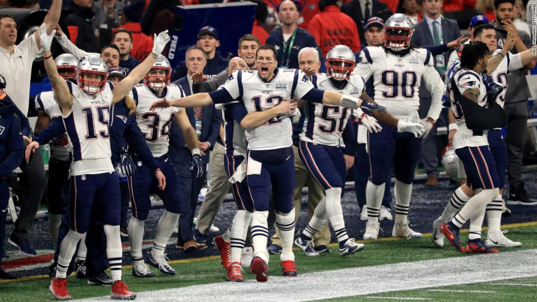 The New England Patriots celebrate after the Los Angeles Rams missed a late field goal in. Photos: Super Bowl ...
