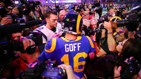 Brady and Rams quarterback Jared Goff greet each other after the final whistle.