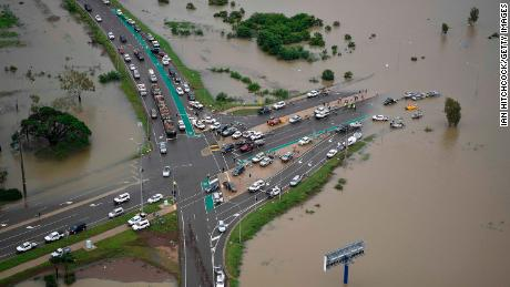 Australia floods: 20,000 homes at risk in Townsville as