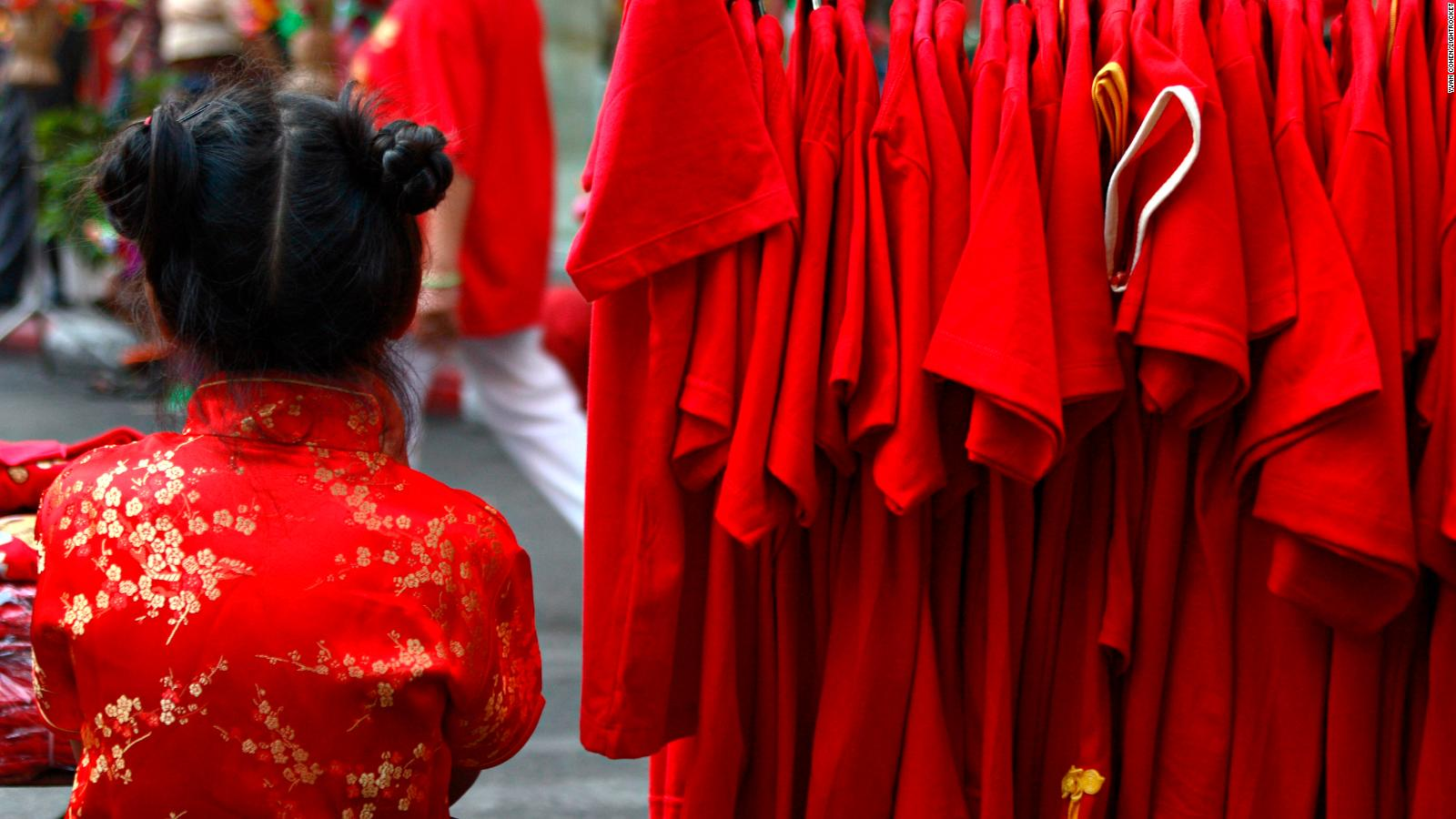 Lunar New Year traditions contribute to fashion industry's