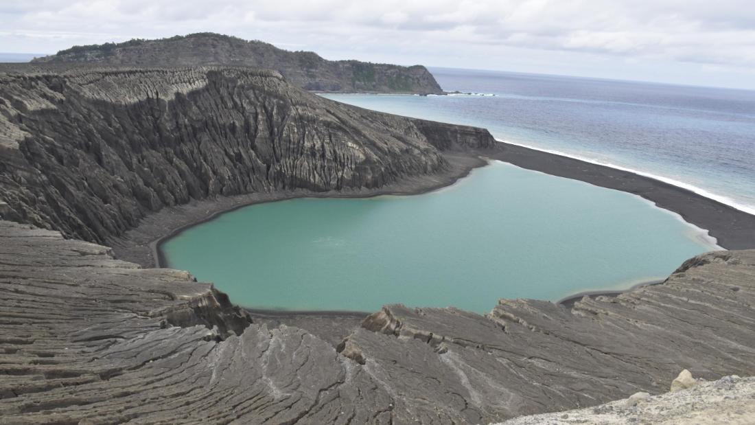 Mud, vegetation on new Pacific island baffle scientists