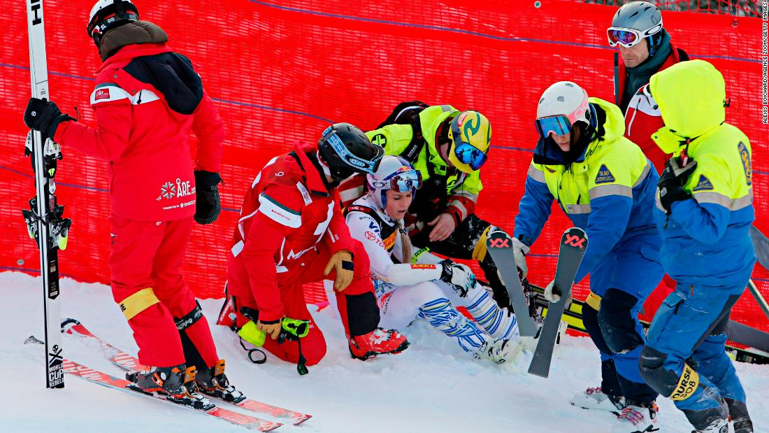 In her opening race at the World Championships, Vonn suffered a heavy crash and careered into safety netting. She was eventually able to ski to the bottom and said she would still compete in the downhill to bring the curtain down on her glittering career.