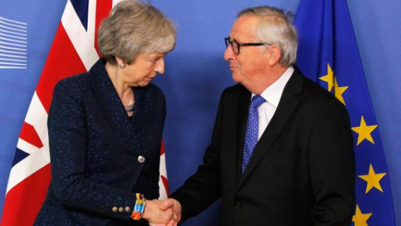 BRUSSELS, BELGIUM - FEBRUARY 07:  President of the European Commission, Jean-Claude Juncker receives Ms Theresa May, Prime Minister of the United Kingdom in the VIP corner of The Berlaymont, the headquarters of the European Commission on February 7, 2019 in Brussels, Belgium.  (Photo by Dean Mouhtaropoulos/Getty Images)
