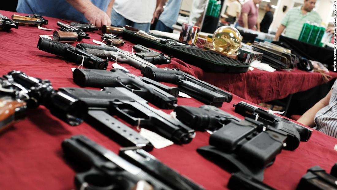 Illinois may make gun buyers show their social media accounts to police to get a gun license