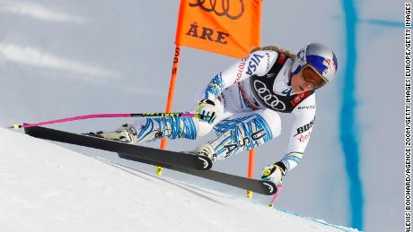 Lindsey Vonn competes during her final race.