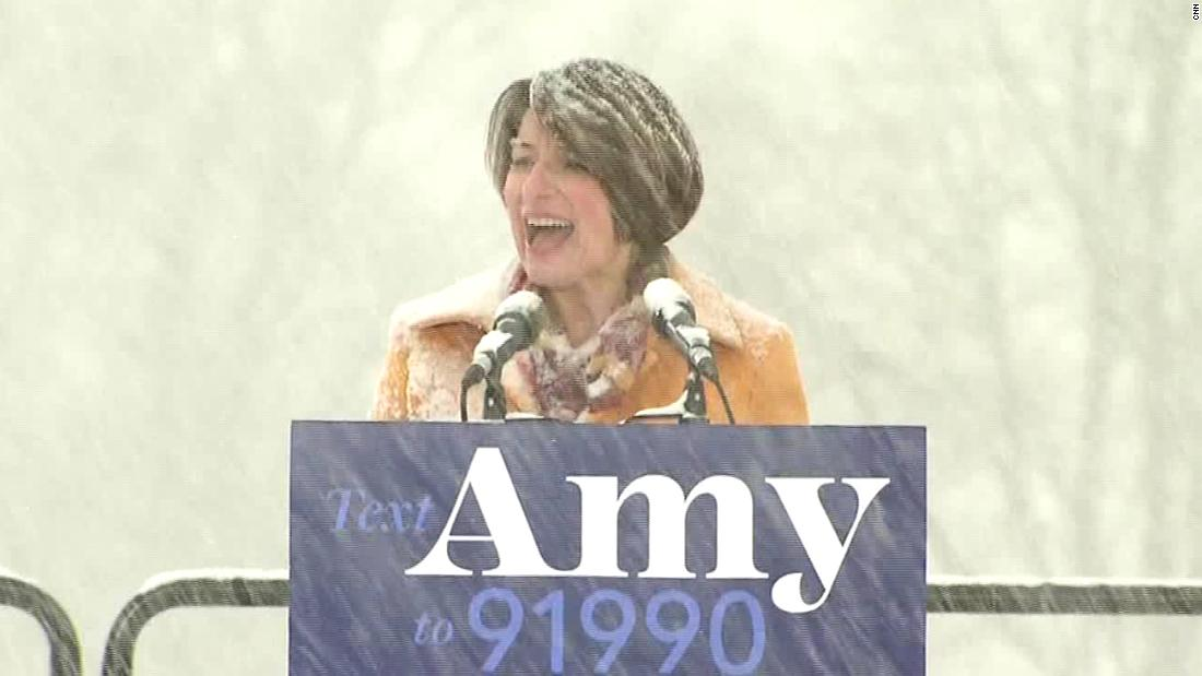Amy Klobuchar's not-so-subtle troll of Hillary Clinton