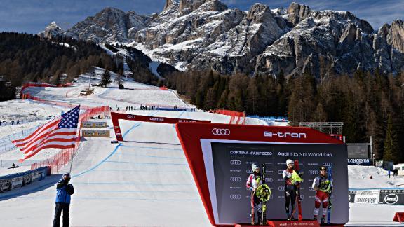 Mikaela Shiffrin wins in Cortina as she dominates the super-G in the Italian mountains.