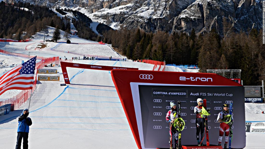 Mikaela Shiffrin wins in Cortina as she dominates the super-G in the Italian mountains.