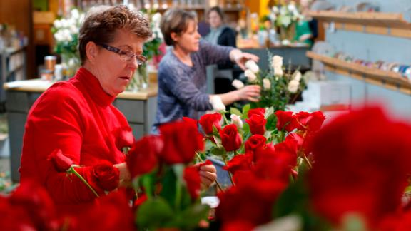 Flower shops across the country prepare for their busiest day of the year: Valentine