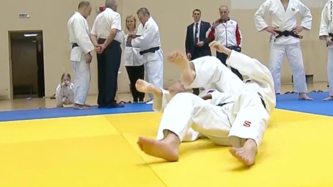 Putin's tough guy image takes a tumble