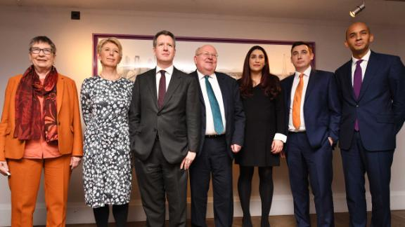 LONDON, ENGLAND - FEBRUARY 18: (L-R) Labour MP's Anne Coffey, Angela Smith, Chris Leslie, Mike Gapes, Luciana Berger, Gavin Shuker and Chuka Umunna announce their resignation from the Labour Party at a press conference on February 18, 2019 in London, England. Chuka Umunna MP along with Chris Leslie, Luciana Berger, Gavin Shuker, Angela Smith, Anne Coffey and Mike Gapes have announced they have resigned from the Labour Party and will sit in the House of Commons as The Independent Group of Members of Parliament. (Photo by Leon Neal/Getty Images)