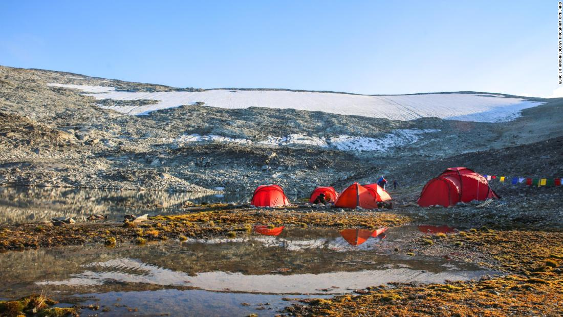 Some sites are so large that the archaeologists have to survey them for weeks to collect all the finds. In such cases, a base camp is established near the site, like this camp below the ice patch at 1,650 meters.