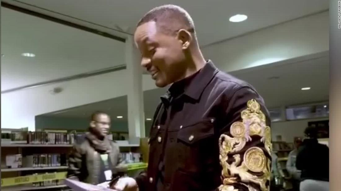 Will Smith 'vandalizes' DVDs at public library