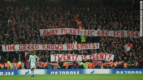 Liverpool held by Bayern as fans protest over ticket prices