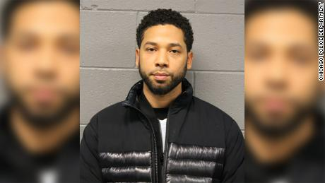 Jussie Smollett paid $ 3,500 to organize his attack, hoping to promote his career, police say