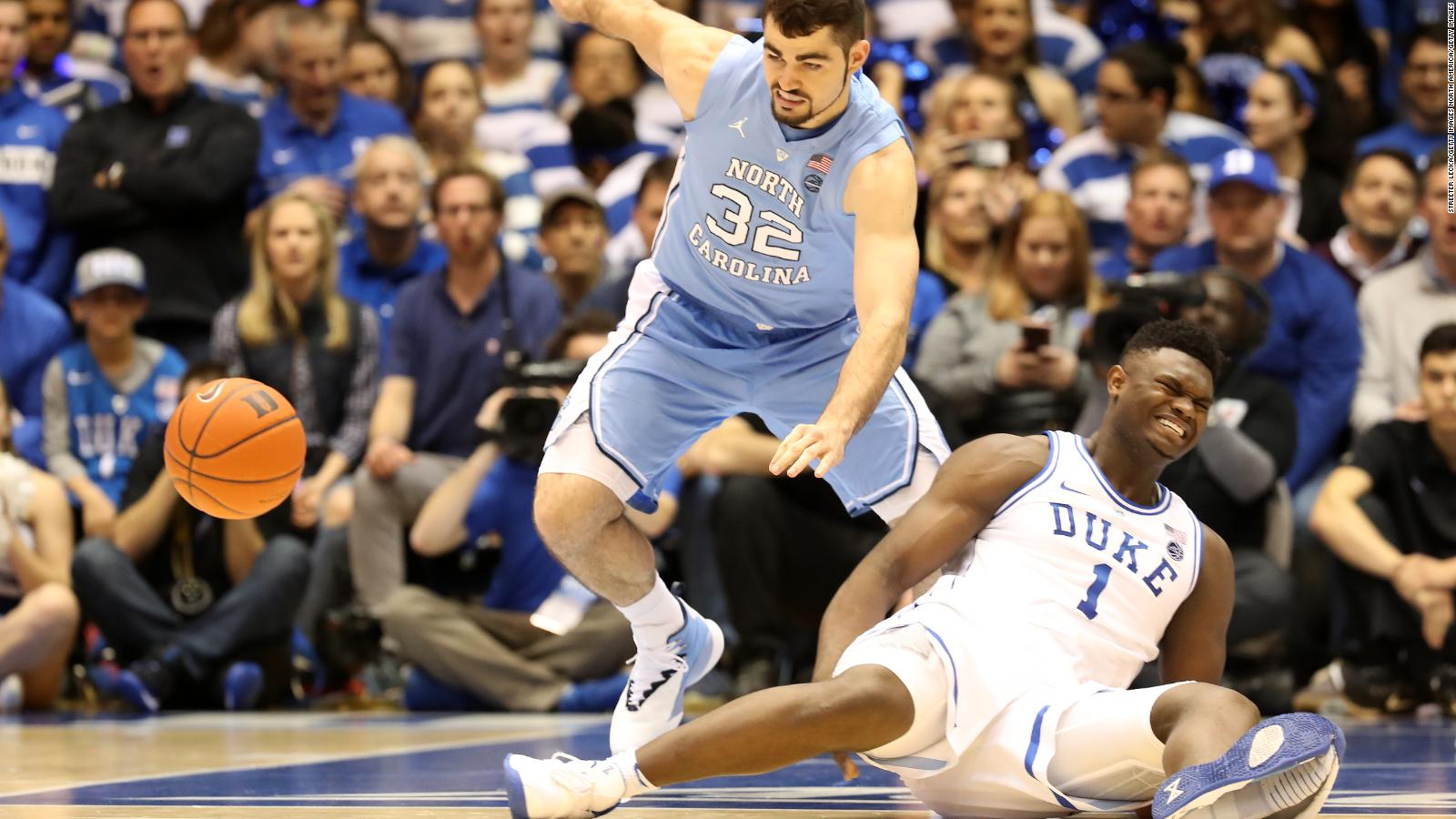 d161c88b Nike's stock falls after Duke star is hurt as his sneaker comes apart