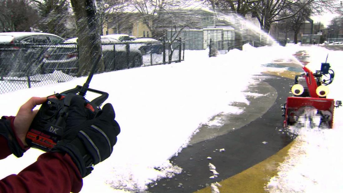 MIT engineer creates remote-controlled snow blower