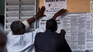 Senegal voters head to polls as presidential challenger hopes to cause upset