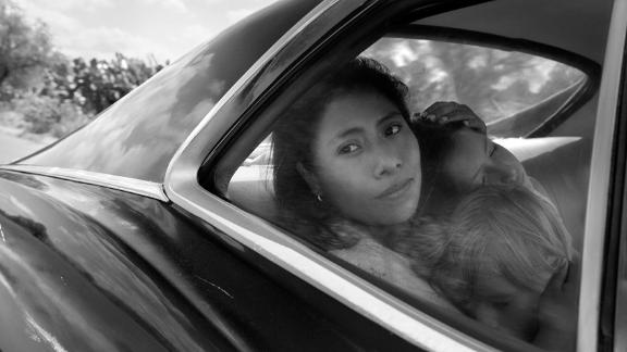 "Best foreign-language film: ""Roma"""