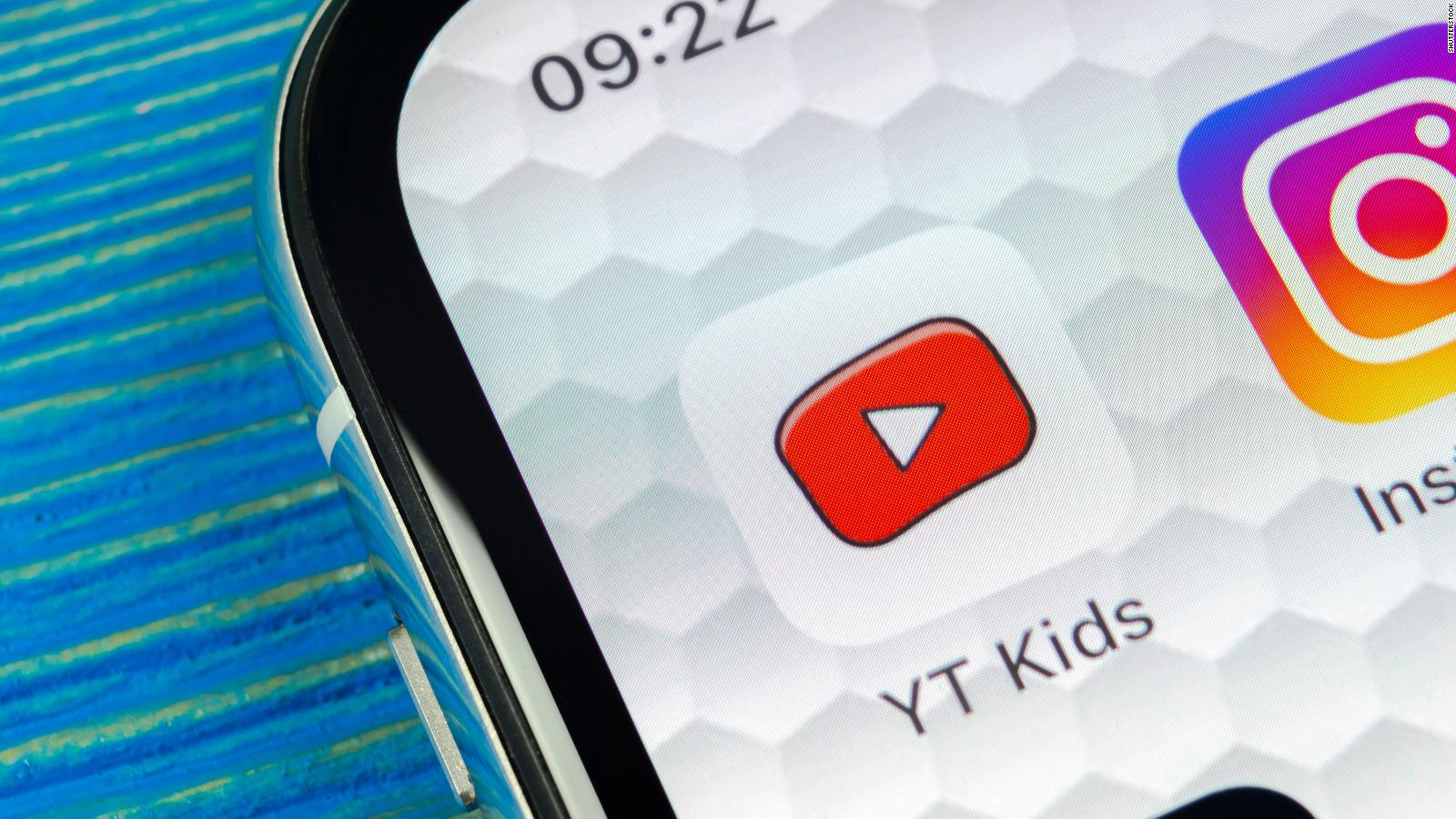 049cedb84aa0c A mom found videos on YouTube Kids that gave children instructions for  suicide
