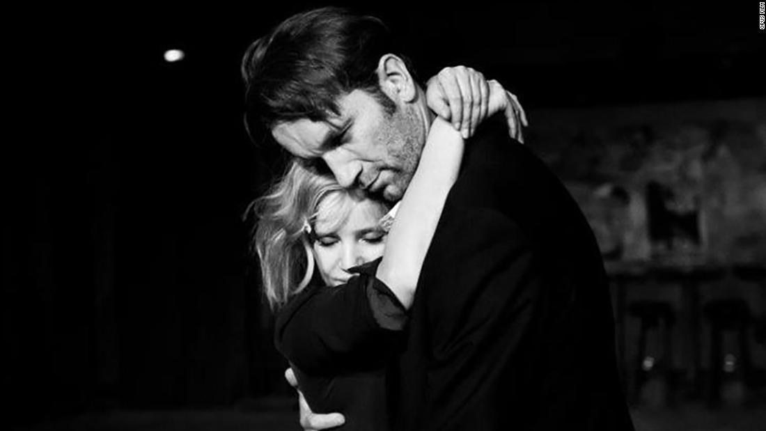 """""""Cold War"""" : Nominated for three Academy Awards, this Pawel Pawlikowski-directed film is a passionate love story between a man and a woman who meet in the ruins of postwar Poland. (Amazon Prime"""
