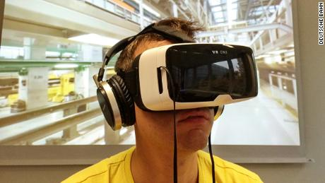 8f817413916 London (CNN Business) A growing number of companies are using virtual  reality to recruit and train staff